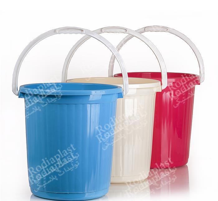 سطل پلاستیکی 20 لیتری با درب و دسته