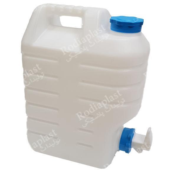 نگهداری و حمل و نقل دبه و گالن ۱۰ لیتری پلاستیکی